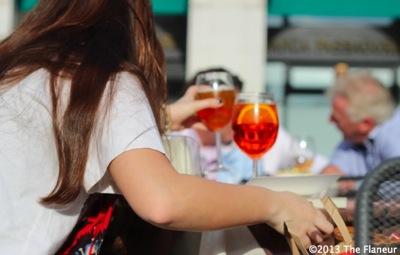Cafe flaneur